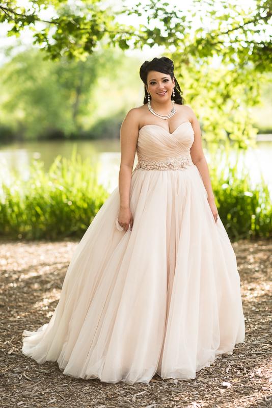 Denver Wedding Photographer Hudson Gardens bride