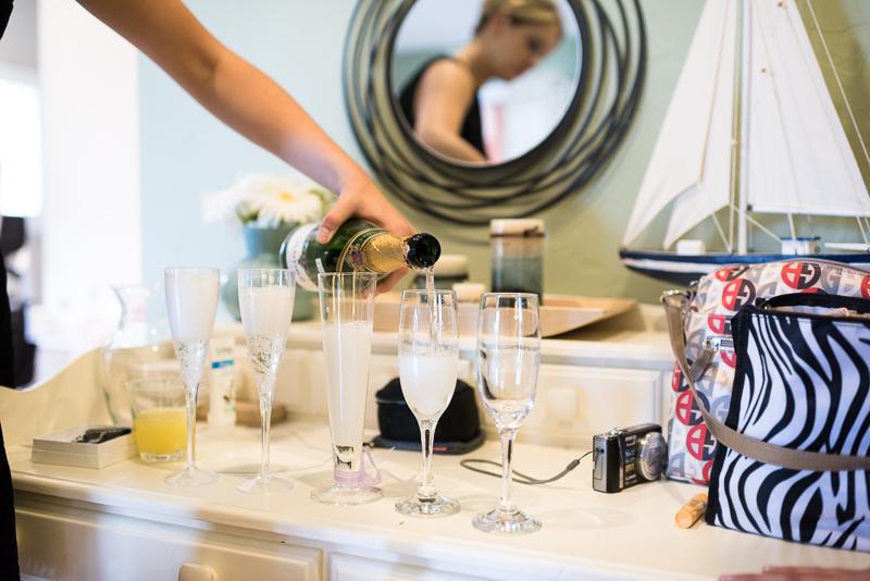 Golden Wedding Photographer champagne