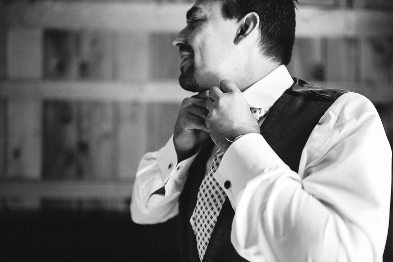 Palisade Wedding Photography groom getting ready