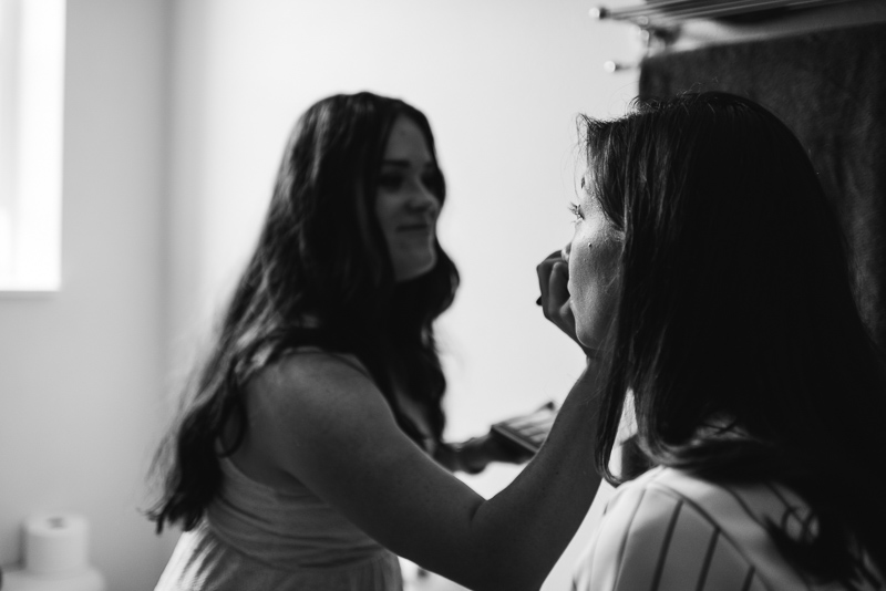 Palisade Wedding Photography bride getting ready