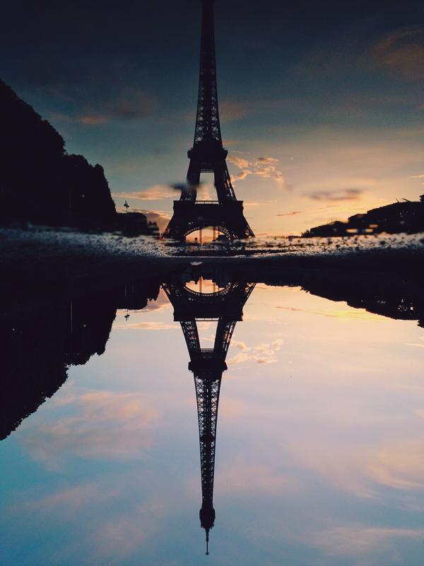 paris eiffel tower reflection sunset