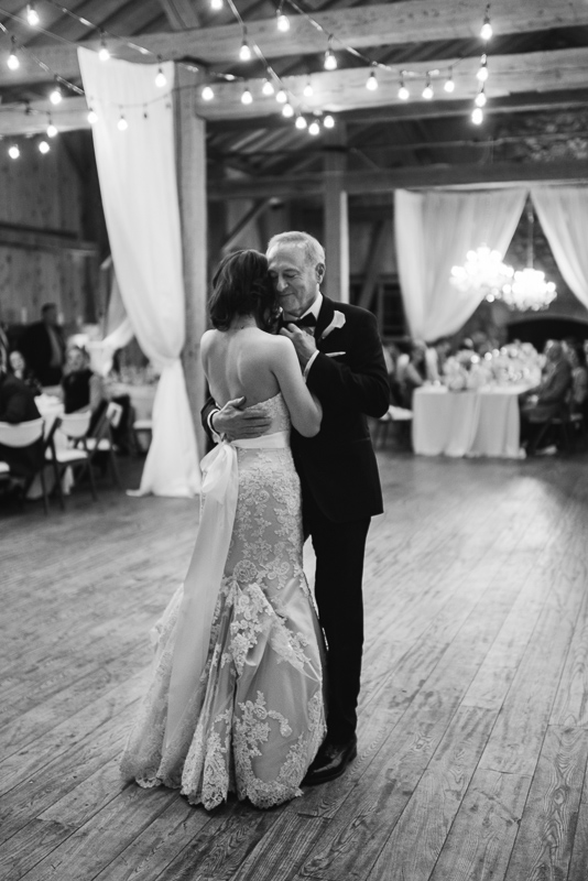 Denver wedding photography father daughter dance devil's thumb ranch