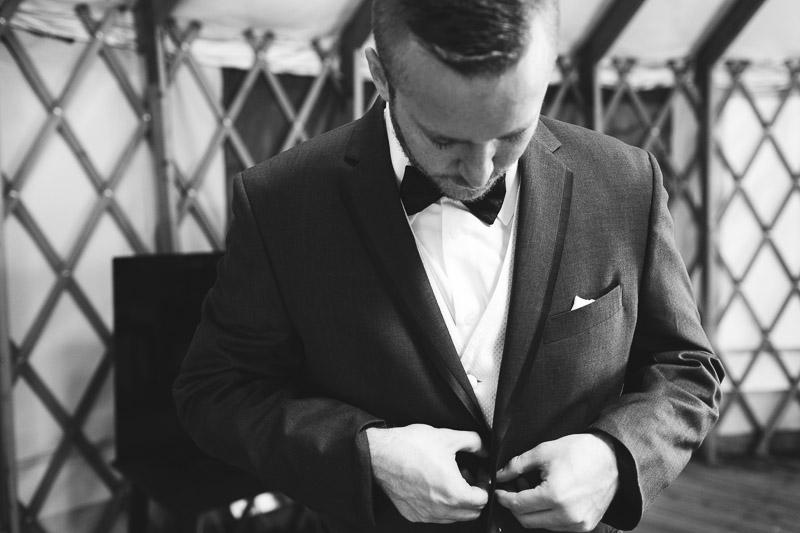 chatfield botanic gardens wedding photography groom black and white