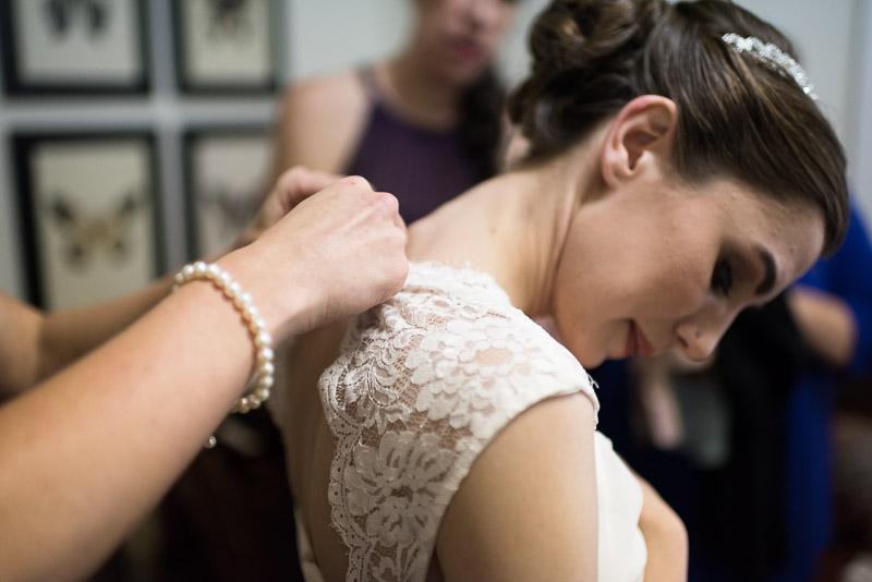chatfield botanic gardens wedding photography bride dress