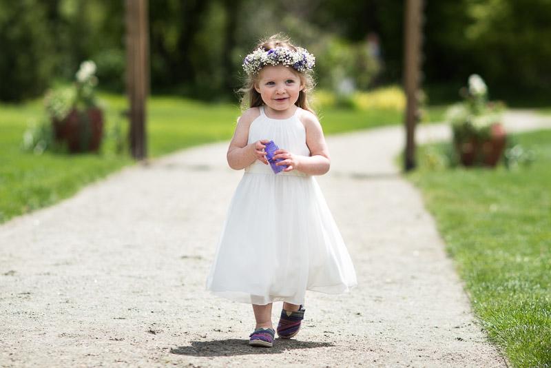 chatfield botanic gardens wedding photography flower girl