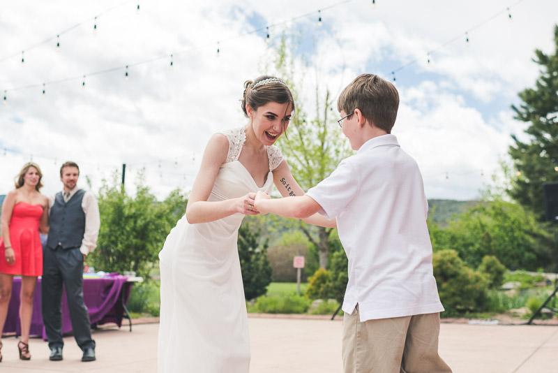 chatfield botanic gardens wedding photography bride dancing