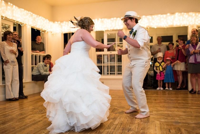 morrison willow ridge manor wedding photographer bride and groom dancing
