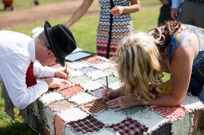 Cuchara Wedding Photographer guest quilt