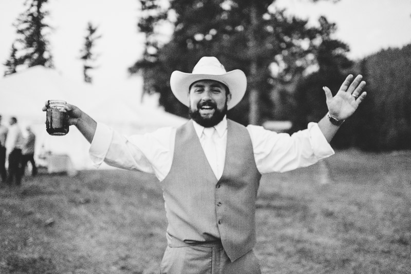 Cuchara Wedding Photographer happy guy with cowboy hat
