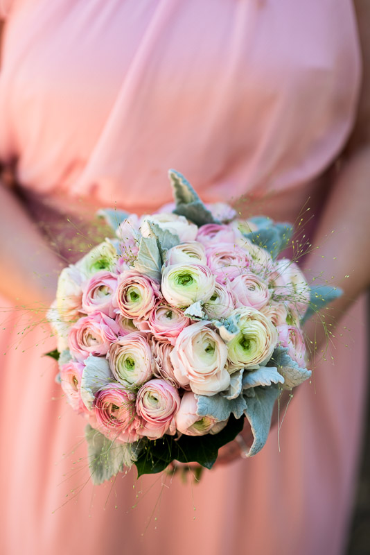 deer park villa wedding photography ranunculus bouquet