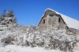 Barn in snow Iowa