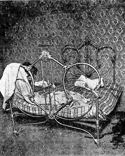 Johann Murder Bed