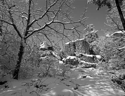 2-13-2014 Lookout Mountain snow-Alabama-Pentax 6x7-45mm lens-Efke R50 120 film-PMK Pyro developer.