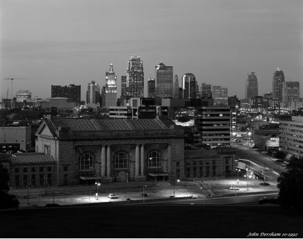 10-12-1992 Kansas City Missouri, getting dark-Linhof Technika V 4x5 camera-250mm Fujinon WS lens-Kodak T-max 100 4x5 film-Kodak RS developer.