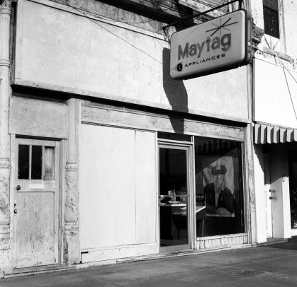 3-1-2008 The lonely Maytag man-Cairo Illinois-Hasselbald camera-80mm Zeiss Planar lens-Kodak Tmax 100 120 film-PMK Pyro developer.