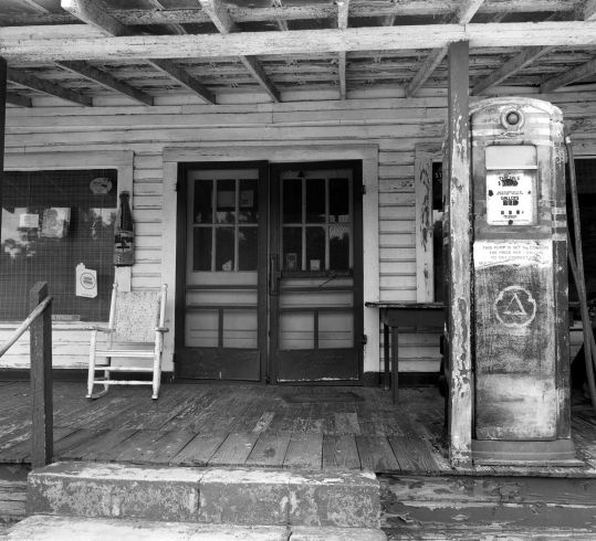 8-9-1995 Butler Alabama-Linhof Technika 4x5 camera-90mm Schneider Super Angulon lens-Ilford HP5+ 4x5 film-PMK Pyro developer.