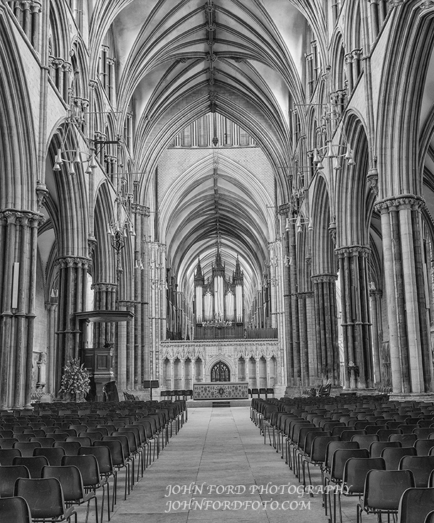 LINCOLN NAVE, ENGLISH CATHEDRALS