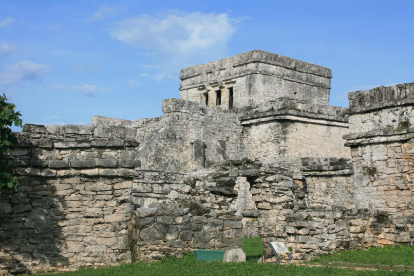Tulum tour is 10-stop shopping for Mexican souvenirs