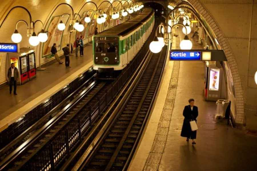 Paris' Metro has 16 lines and 303 stations.