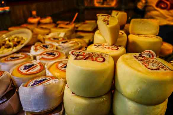 Portuguese cheeses. Photo by Marina Pascucci