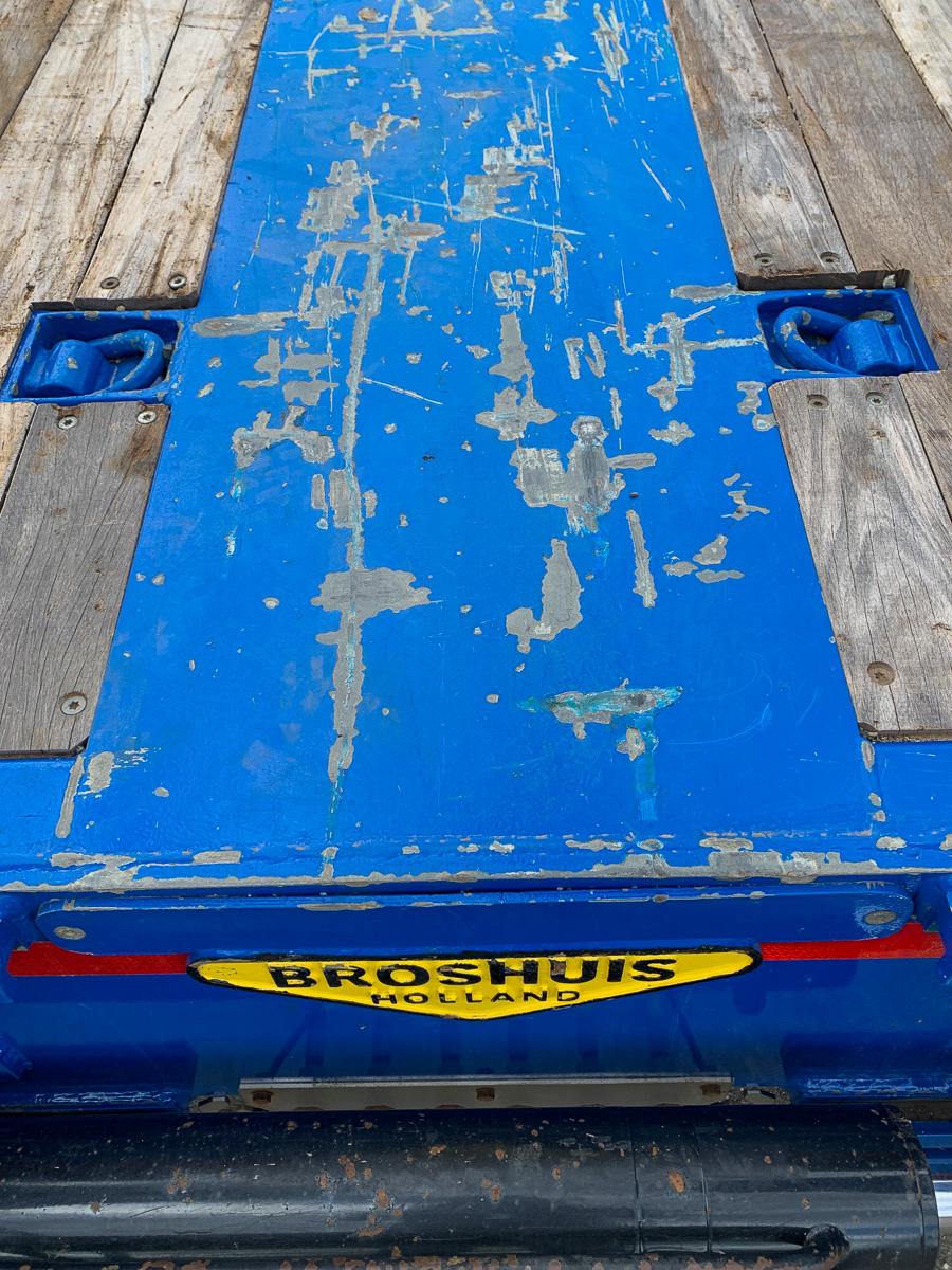 Broshuis extending plant trailer