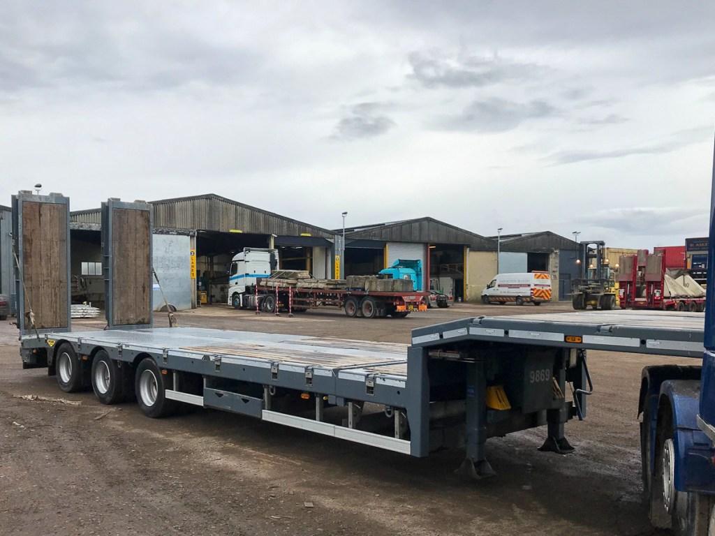 extending Broshuis plant trailer