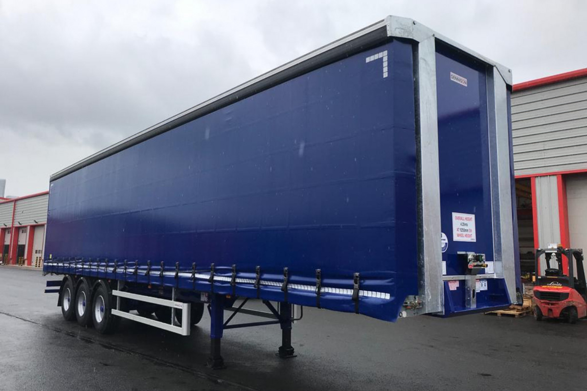 Dennison Curtainsider HGV Trailer