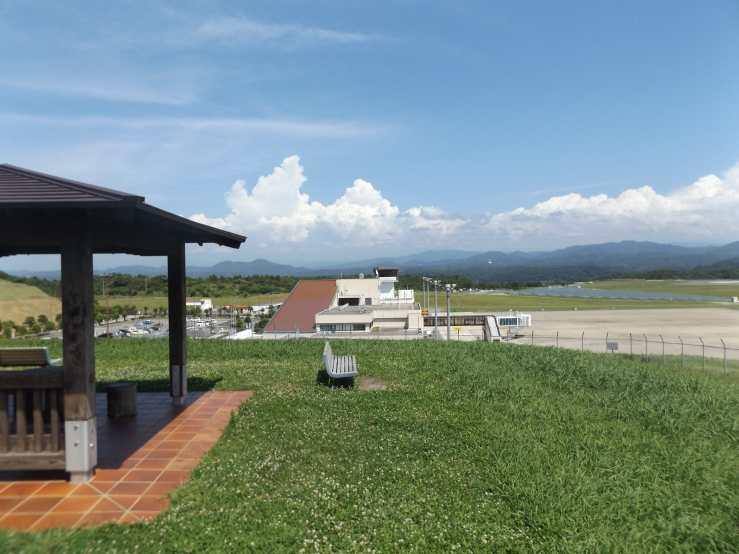 iwamiairport.jpg