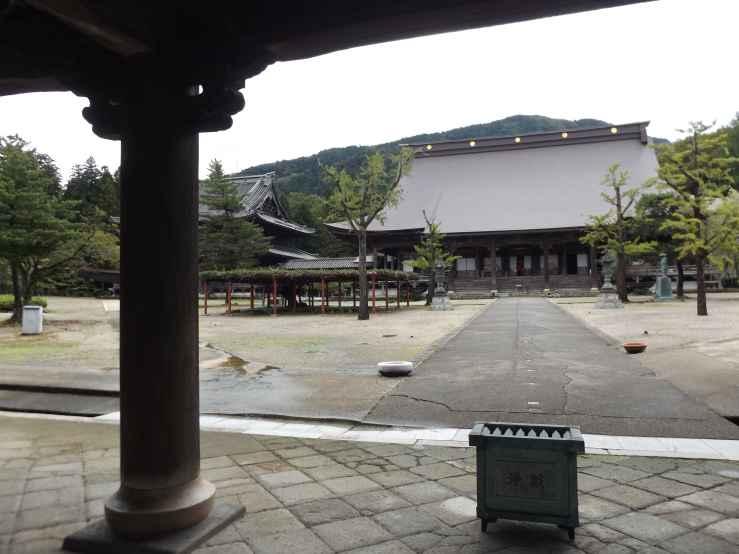 zuisenji shrine photo