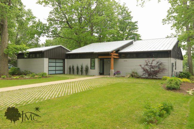 Modern Lake House in Goshen, Indiana