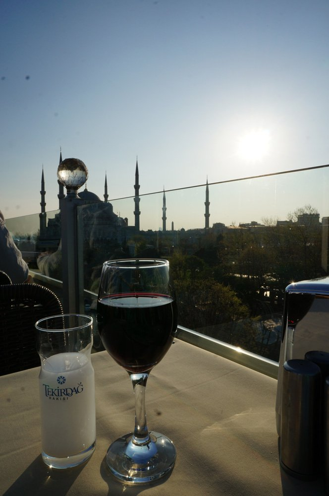 Enjoying a nice sundowner with some Raki.