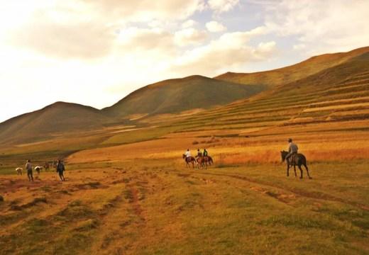 lesotho horseback riding semonkong