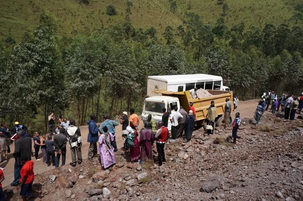 Uganda truck queen elizabeth NP