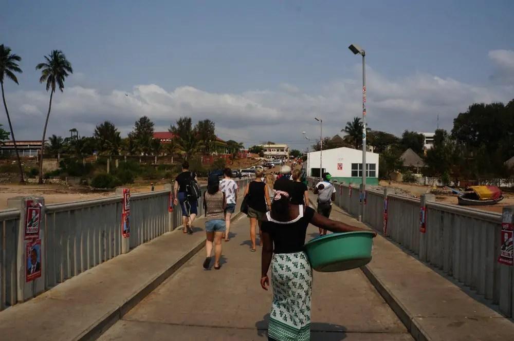 ferry ihambane to maxixi