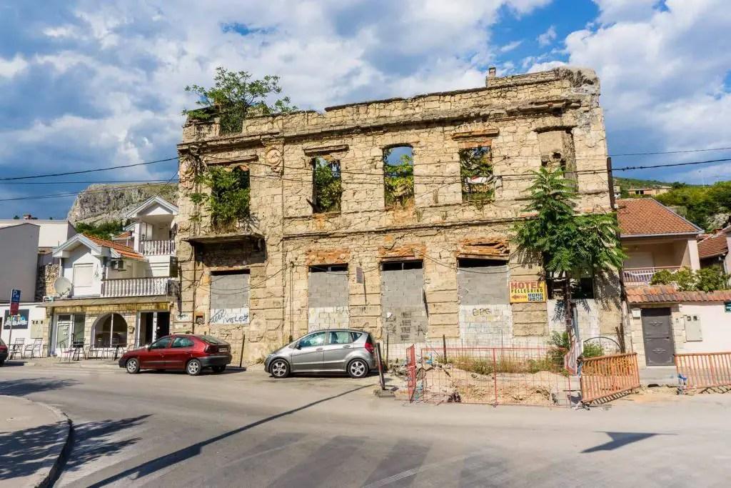 Mostar war building