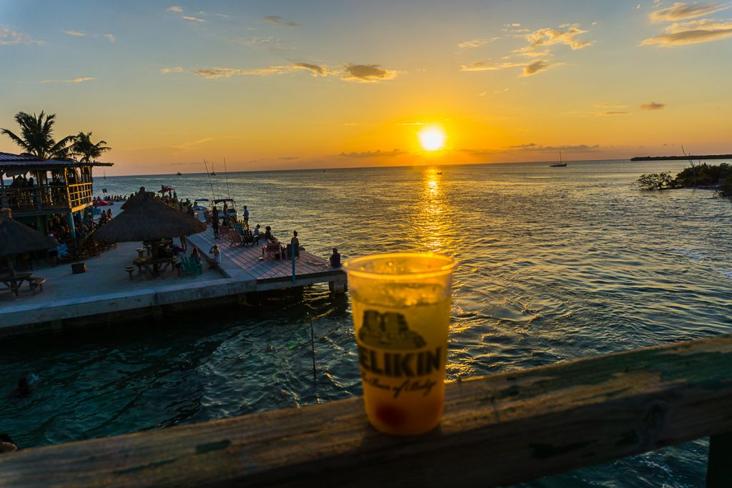 lazy lizard sunset belize caye caulker