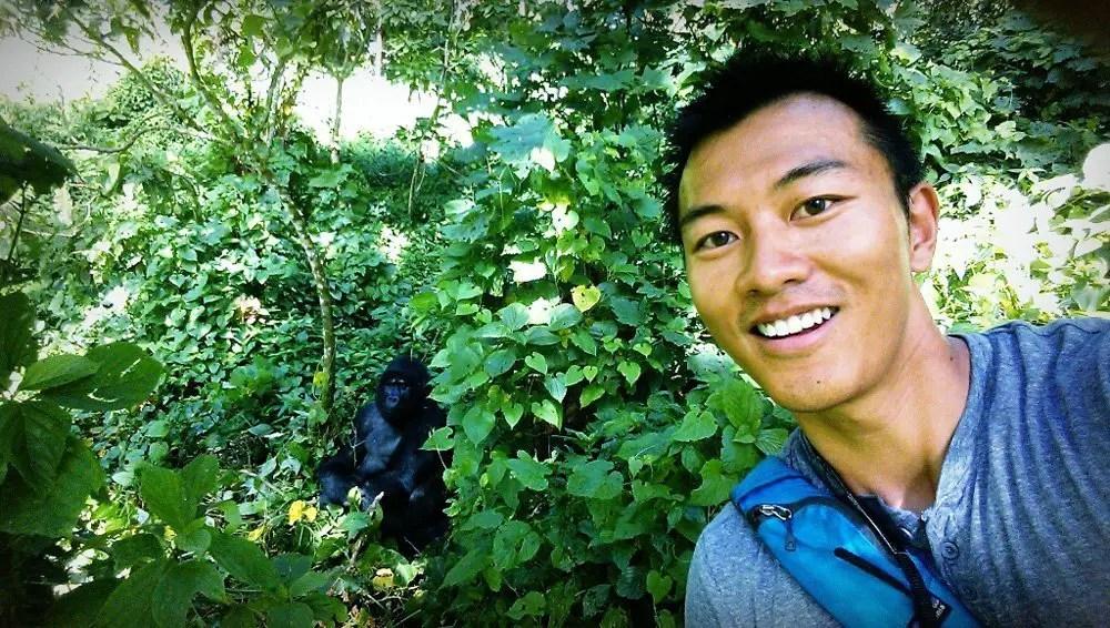 gorilla trek uganda selfie