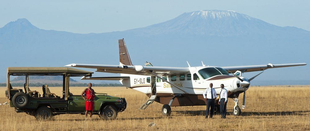 safari link kenya airplane