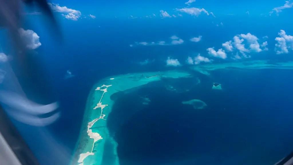 maldives aerial plane islands