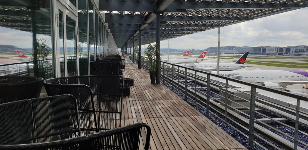 Primeclass lounge Viewing Deck Zurich