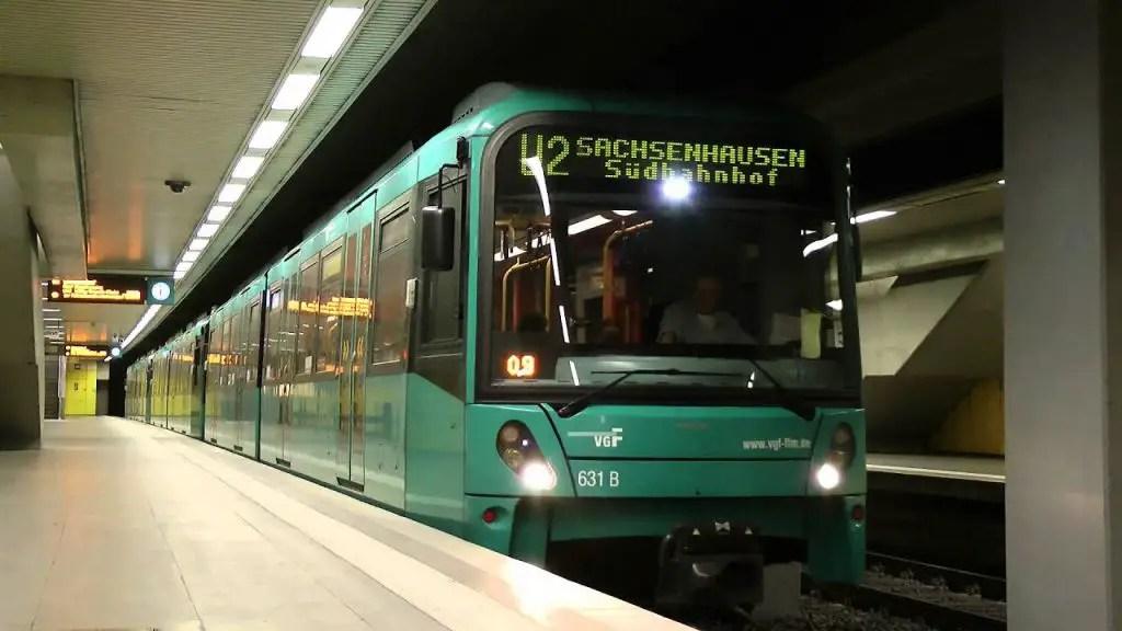 ubahn frankfurt germany trains