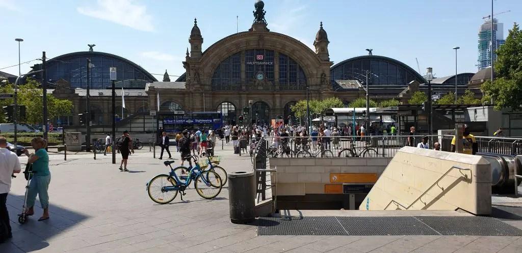 Hauptbahnhof in Frankfurt, Germany