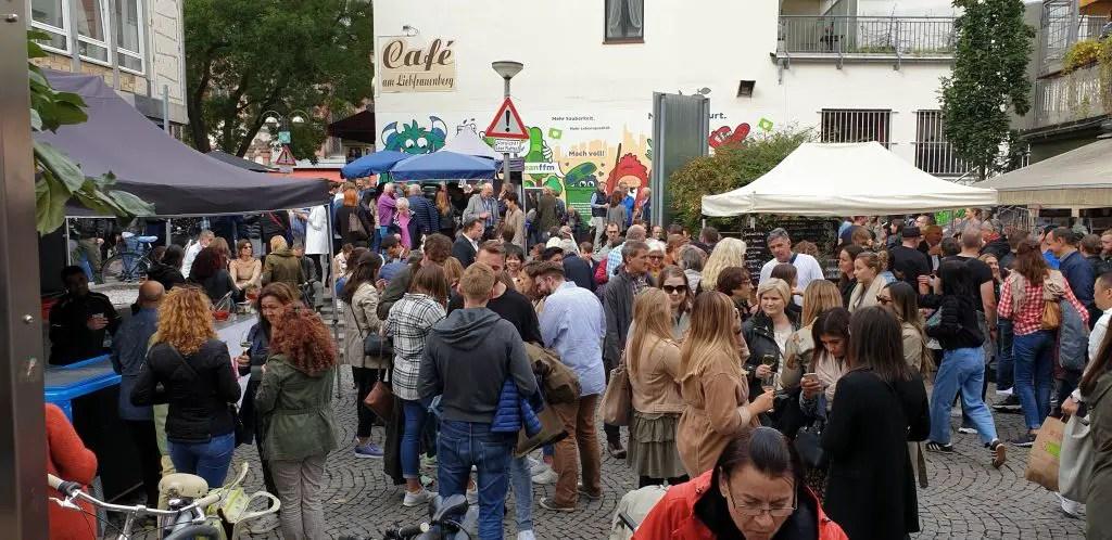 Kleinmarkthalle outside on a Saturday