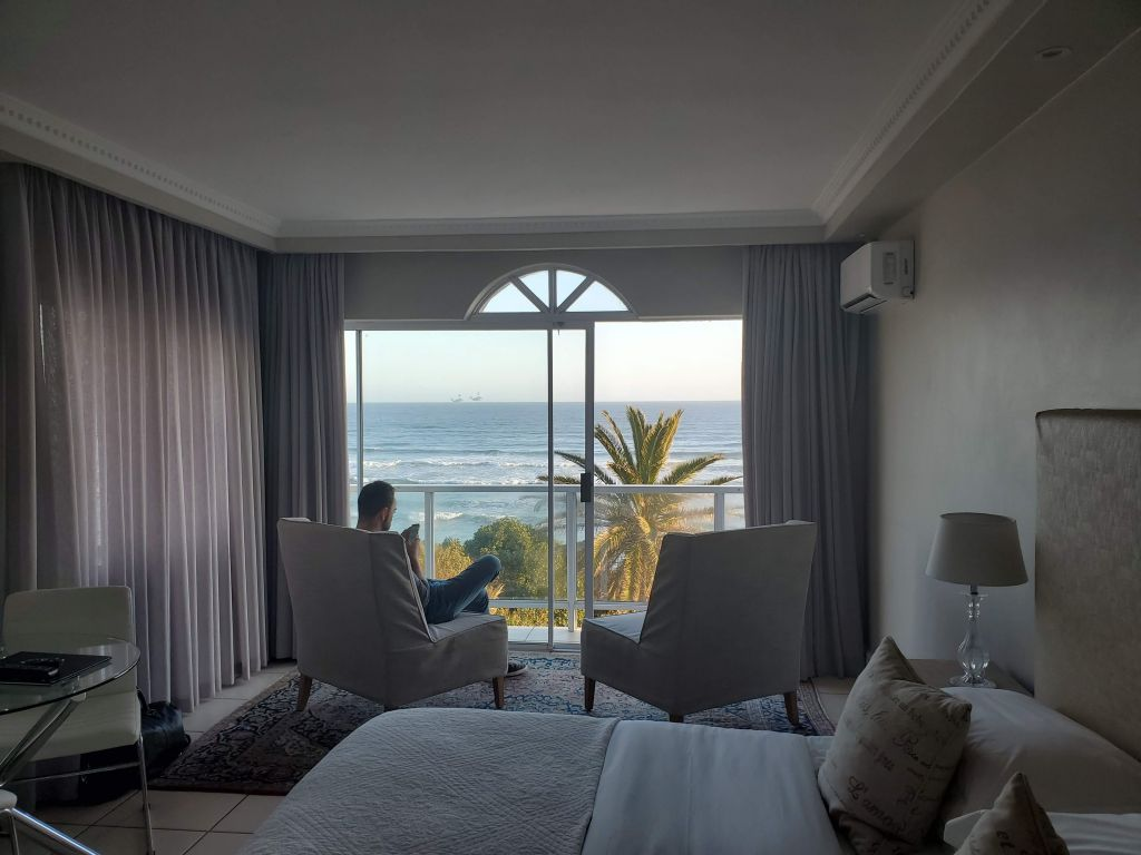 hermanus beach front lodge