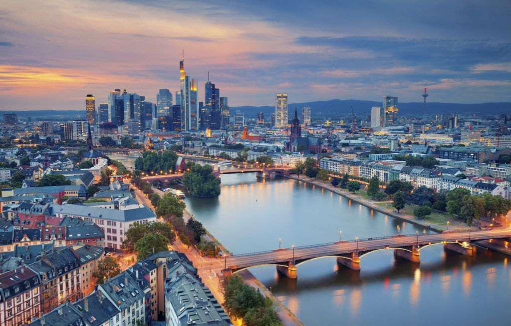 Frankfurt Main River