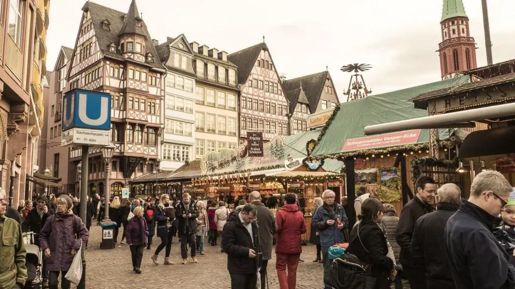 Frankfurt Christmas Market Romer Altstadt