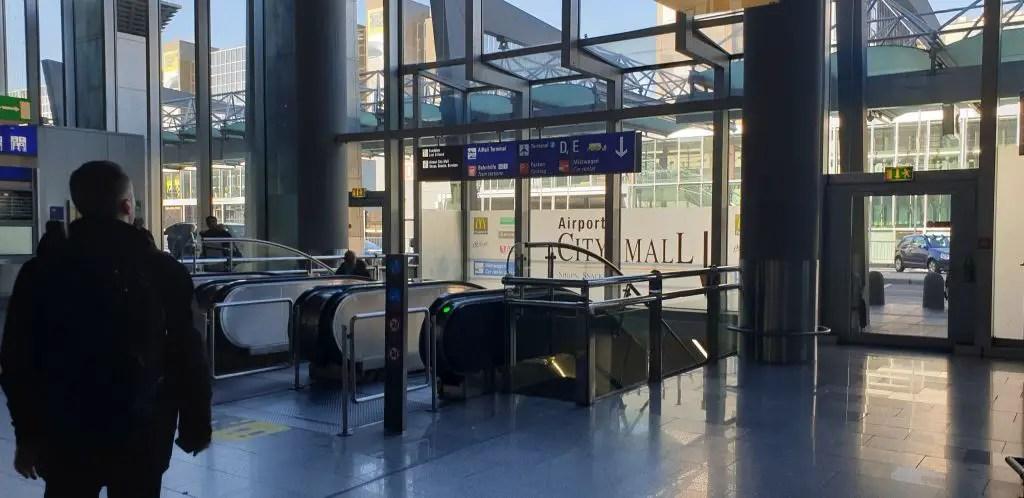 Frankfurt Terminal 1 Train