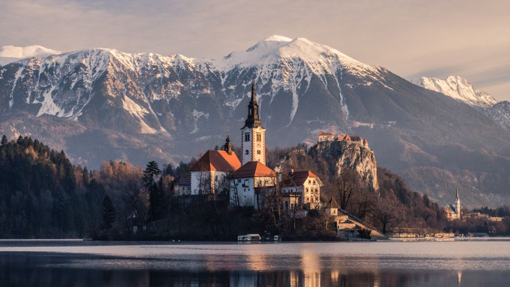 The Ultimate Guide To Visiting Lake Bled, Slovenia - Johnny Africa