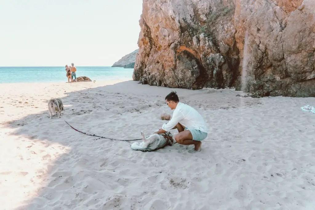 Praia das furnas algarve portugal