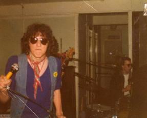 Dangerous bros 1977